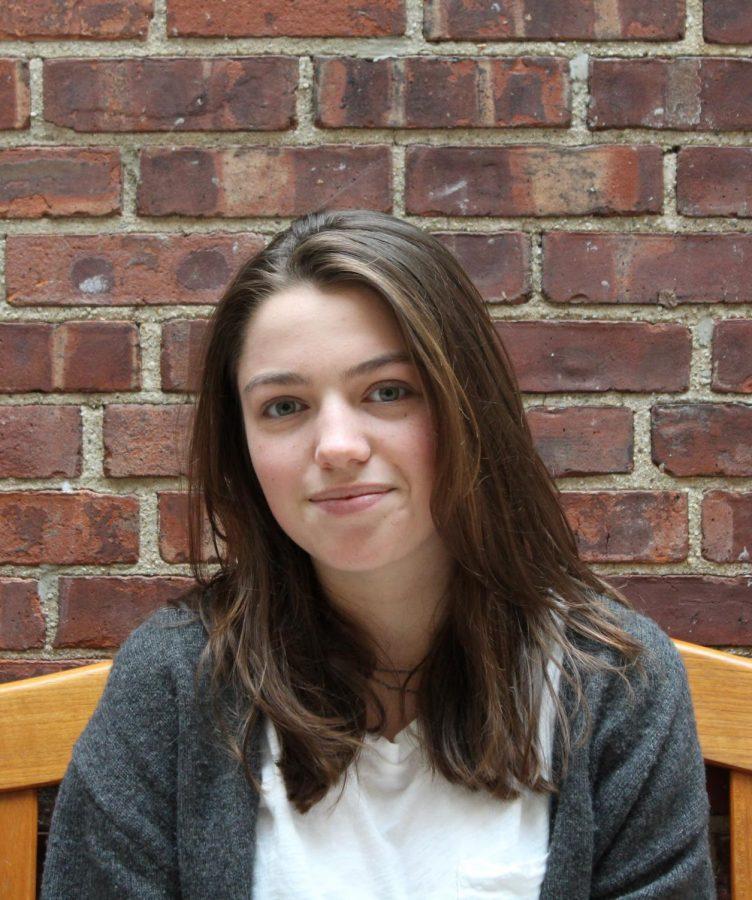 Moya Linsey, News Editor